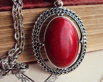 Red Stone Necklace Pendant Antique Silver tone Metal Textured Link Chain Short Necklace Costume Jewelry Vintage Style Boho Bohemian Chic