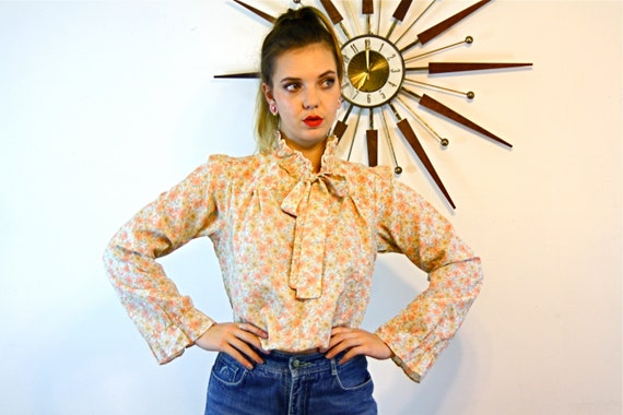 Vintage 70s Floral Hippie Blouse BYER CALIFRONIA Pussybow High Ruffle Collar Rust Orange Flowers Pussy Bow Tie Top 1970s Boho Prairie Shirt