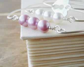 Pearl Bangle Set . Pink and White Pearl with Heart Keyhole  Silver Stacking Bangle Set . Pearl Bridesmaid Gift Set. Pink White Heart Bangles