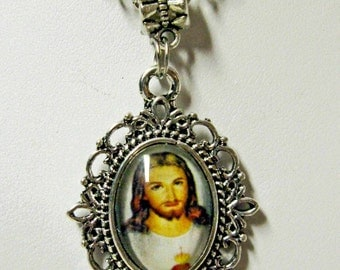 Sacred heart necklace - AP17-109