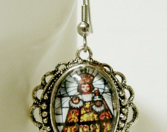 Infant of Prague earrings - AP06-122