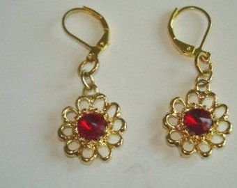 Ruby Red Rhinestone Dangle Flower Earrings Gold Tone