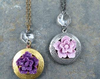 Flower Locket Necklace, Locket Pendant, Vintage Locket, Gold Round Locket, Amethyst Flower, Mother's Day Gift