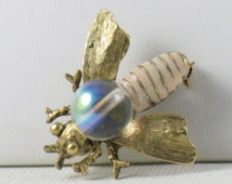 Vintage Gold Tone Jelly Belly Enamel Insect Bee Brooch Pin (B-1-6)