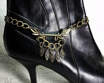 Antique Brass Leaves of Peace Boot Candee Boot Bracelet