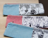 moomins, black and white comics, cotton blue (red) narrow zip pouch, pencil case