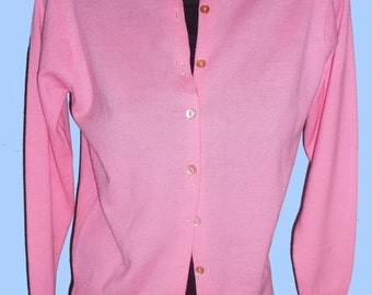 Women's Vintsage 1950's Pink Acrylic Cardigan Sweater sz M
