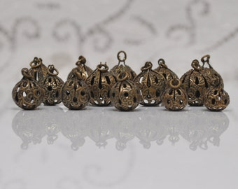 14 Pieces Vintage Embossed Filigree Drops or Charms Bronze Gold Toned
