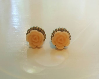 Small Peach Flower plugs Gauges 10g, 8g, 6g, 4g, 2g o570