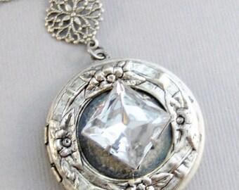 SALE Princess Vintage Diamond,Vintage Diamond,Vintage STone,Vintage Crystal,Vintage Necklace,Vintage Diamond Necklace,Vintage Silver Necklac