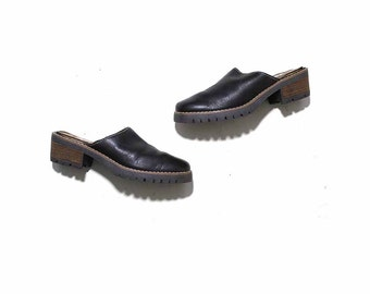 Vintage Leather Mules 7.5 / Brown Leather Mules / Leather Clogs