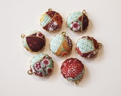 Japanese Print Fabric Charms 20mm Green Gold set of 7 Charms DIY Earrings, Necklace, DIY Jewelry, Bridesmaid