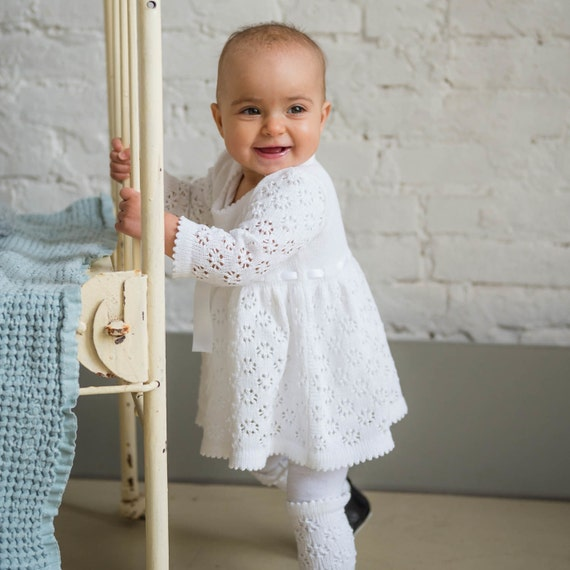 robe de bapt me en tricot b b fille aide blanc robe fleur. Black Bedroom Furniture Sets. Home Design Ideas
