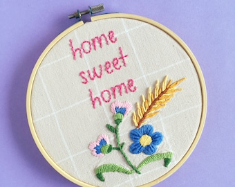 Home Sweet Home Hand Embroidered Hoop Art. Wall Art. Wall Decor. Sign. Housewarming Gift. Floral. Kitsch. Vintage