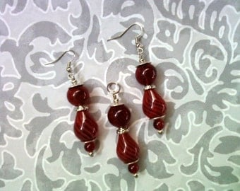 Red Hollow Glass Earrings and Pendant (1634)
