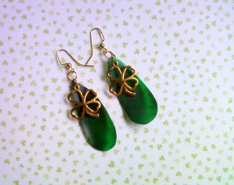 Green and Gold St. Patricks Day Earrings (1927)