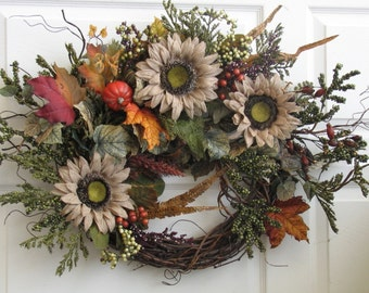 Fall Wreath, Autumn Splendor, Front Door Wreath, Seasonal Decor, Outdoor Door Wreath, Outdoor Fall Wreath