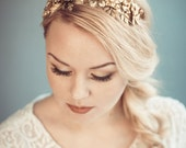 Gold bridal headpiece - Golden floral tiara - Bridal headband - Bridal hair accessories - Wedding headband