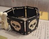 Skulls bone clasp bracelet Handmade
