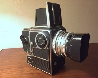 Beautiful 1968 Hasselblad 500 EL with Lens and Accessories ~ FREE SHIPPING