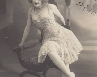French Music Hall Artiste, Gaby Deslys, in Vienna, 1910