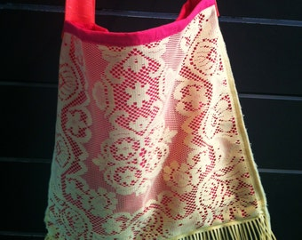 Raspberry Lemon Charm - fringed tote bag in pink with vintage yellow crochet