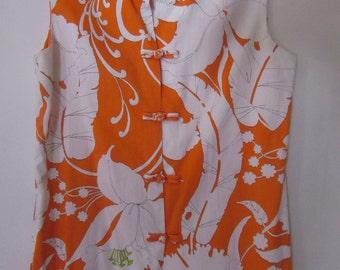 Frog Closure Mandarine Collar Top