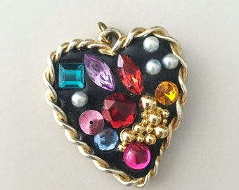 Vintage 90s Heart Gem Pendant / Bedazzled Gold Tone Charm / Rhinestone Necklace / Craft Supplies