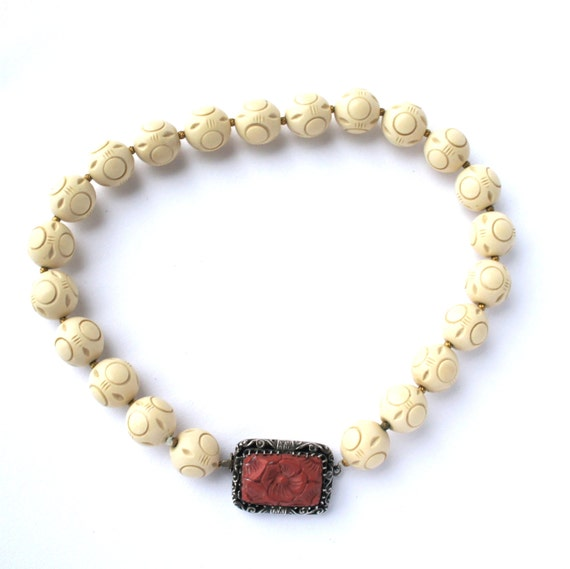 Art Deco Carved Bakelite Faux Chinese Cinnabar Sterling Silver Necklace