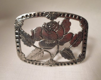 SILVER FLOWER BROOCH / Pin / Pewter / Floral / Rose / Retro / Mod / Trendy / Classic / Traditional / Unisex / Art Moderne / Chic / Accessory