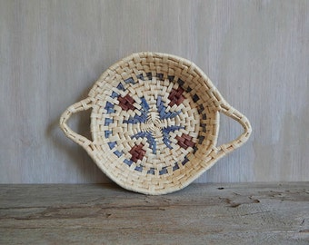 vintage round woven basket tray wall hanging  rustic southwestern home decor