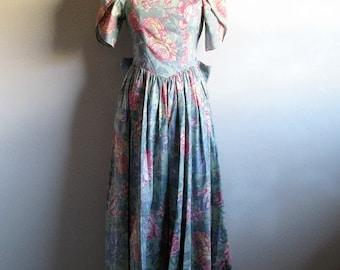 Vintage Garden Party Dress 80s LAURA ASHLEY Sage Green Rose Pink 1980s Floral Dirndl Cotton Dress 8