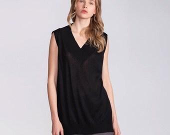 Black tunic, sweater vest, sleeveless pullover, slipover, knitted top, top, summer shirt, vest, v neck, asymmetrical, shirt, oversize, top