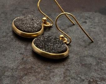 Black Druzy Gold Earrings, Natural Druzy Agate, Dark Grey Druzy Gemstone Drop Earrings, Hipster Gold Earrings, Druzy Agate Jewelry