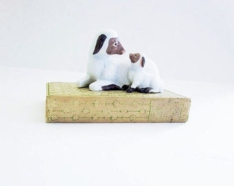 Baby Lamb And Sheep Figurine - Vintage Collectible Farmhouse Decor - Gift For The Farmer Or Animal Lover - Spring Easter Seasonal Decor