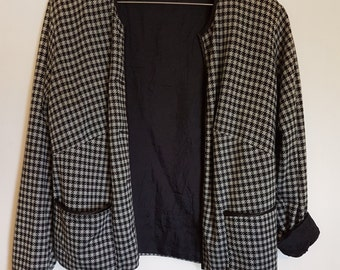 Vintage 1980s cropped black & grey houndstooth Jacket Blazer