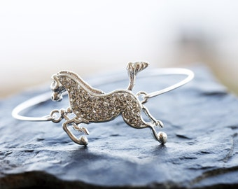 Horse Bracelet, Horse Lover Bangle, Equitation Silver Bracelet, Silver Horse Charm, Custom initial charm, Horse Initial Personalized Bangle