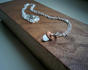 Tiny Necklace with Acorn.