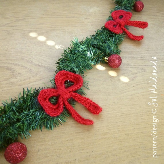 Bow Crochet Applique Pattern tutorial PDF ebook beginner how to DIY - make them for Christmas Instant Download
