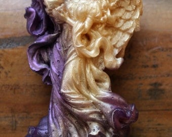 ANGEL SOAP, Gold and Amethyst, Mother's Day, Scented in Calabrian Bergamot & Violet, Vegetable Based, Handmade