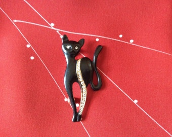 Fun Mid Century Black Cat Brooch