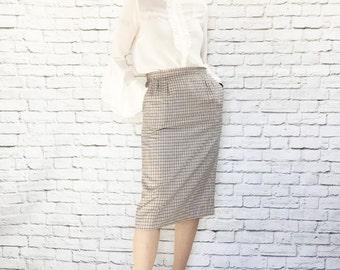 Vintage 80s Does 50s Plaid Pencil Skirt M Navy White Gold Linen Hip Pockets High Waist Pendleton