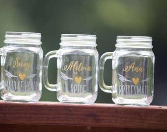 Bridesmaids gift, Bridesmaid gift idea Mason jars. Personalized Maid of honor gift. Wedding party gift heart & arrow design.  Rustic wedding