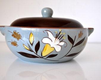 Vintage Stangl Pottery Golden Harvest Lidded Casserole Dish