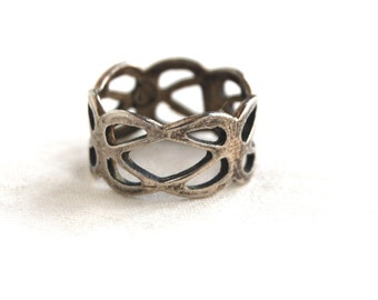 Sterling Silver Lace Ring Size 6 .75 Vintage Mexican Cut Out Lattice Wide Band Delicate Jewelry