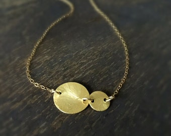 Gold Necklace - Disc Jewelry - Chain Jewellery - Fashion - Trendy