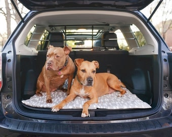 Dog Travel Bed, Dog Car Bed, Car Mat, Travel Mat, Dog Mat, Dog Crate Bed, Dog Crate Pad, Crate Mat, Gray and White Dog Bed, Washable Dog Bed