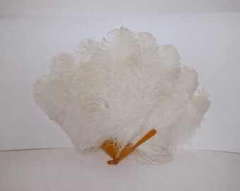 Vintage 1920s large flapper real cream ostrich feather hand fan with butterscotch bakelite struts burlesque dancer