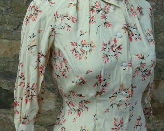 40's 50's SILKY VINTAGE BLOUSE pink button down S