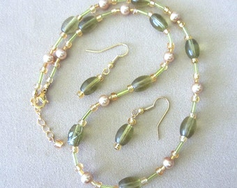 Olive / Gold Glass Bead & Pearl Jewelry Set, Handmade Original Fashion Jewelry Sophisticated Elegant Custom Wedding Jewelry Ladies Gift Idea